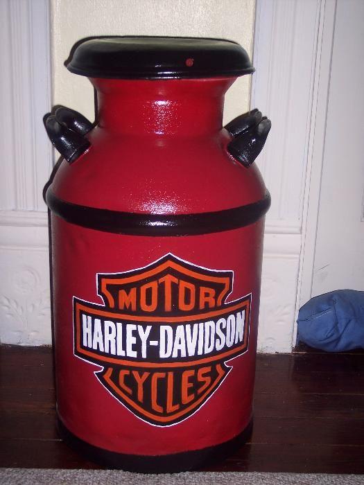 :http://www.yessy.com/DeboraBrown/gallery.html?i=28695 .Harley-Davidson of Long Branch www.hdlongbranch.com