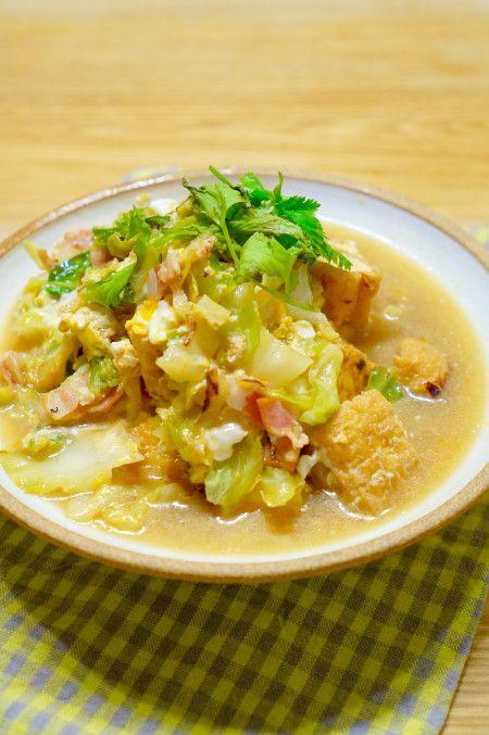簡単副菜!なのにボリューム満点!厚揚げと春キャベツの卵とじのレシピ