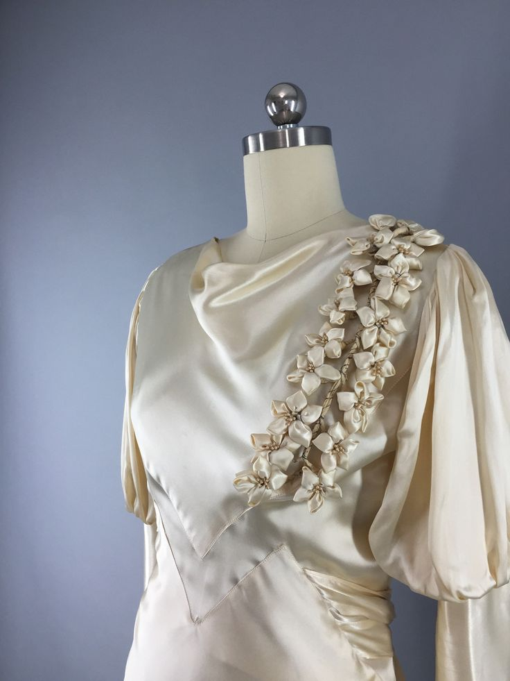 Vintage 1930s Wedding Dress Ivory Champagne Silk Satin Bridal Gown 30s Bias Cut Art Deco