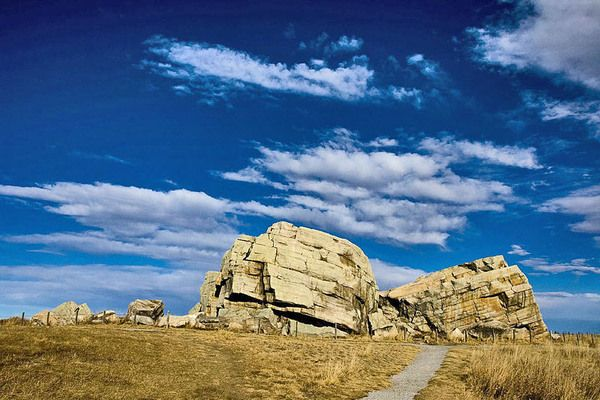 Big Rock Erratic, Okotoks, AB This massive and unusual rock formation near Okotoks is the world's largest known glacial erratic