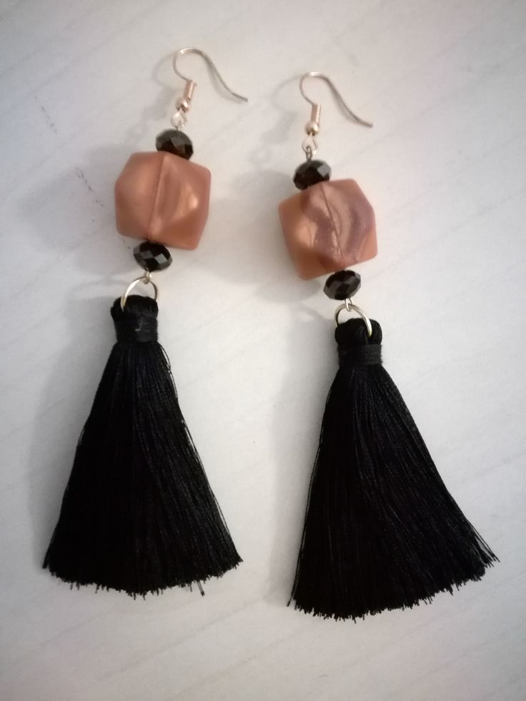 EARINGS FOR EVERYONE OF YOU.. !!          BLACK AND BROWN...