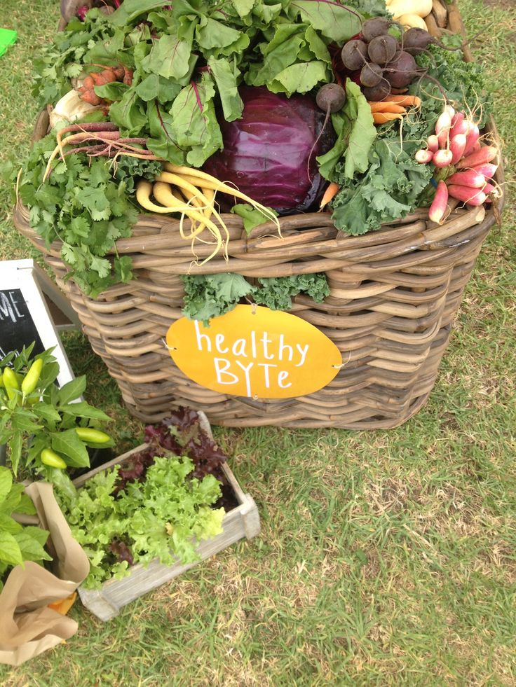 HealthyBYTe activation area at Breakfast Around the Tan for MFWF @healthybyte
