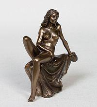 Коллекция статуэток «Special collection». WS-142 Статуэтка ''Девушка'' - Цена: 1 450 руб.
