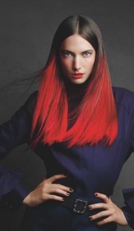 L'hairstyle di Demarchelier. Testanera sponsorizza la mostra durante la Milano Fashion Week