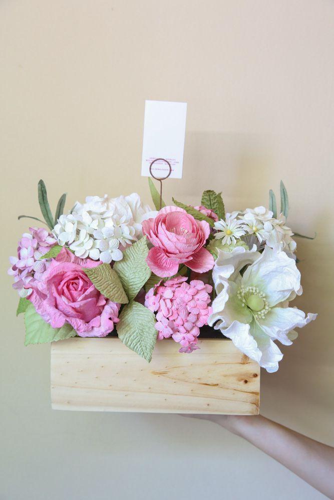 Papierblumen Basteln Kreieren Sie Einen Echten Garten Eden Aus Papier Diy Grosse Servietten Hochzeit Baste Paper Flowers Craft Paper Flowers Flower Crafts