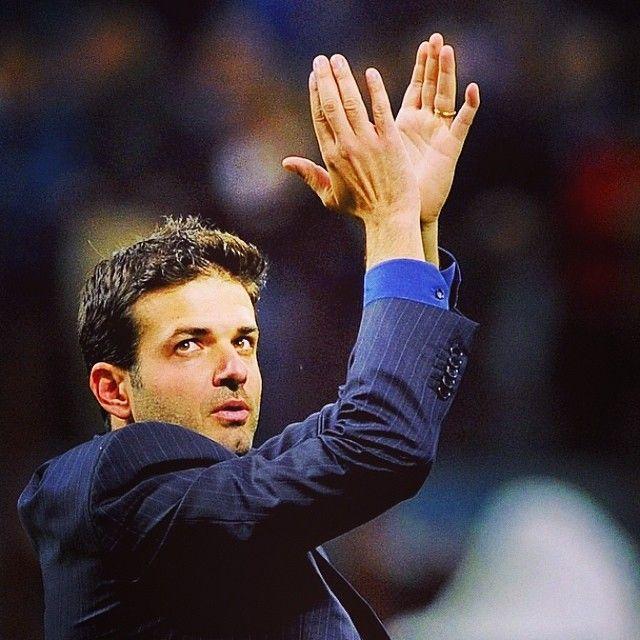 OFFICIAL: Andrea Stramaccioni will be the next Udinese coach. Andrea Stramaccioni sarà, a partire da domani, il nuovo allenatore dell'Udinese. #udinese #stramaccioni #muriel #soccer #dinatale #inter
