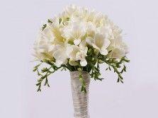 Букет невесты из белых фрезий