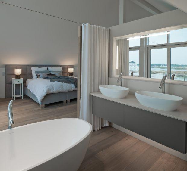 Die besten 25+ Minimalistisches badezimmer Ideen auf Pinterest - schlafzimmer mit badezimmer