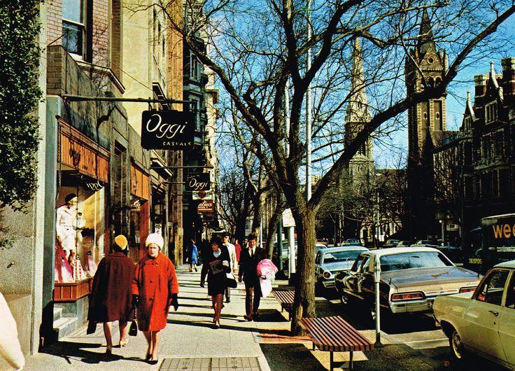 60s-Melbourne-10-The-Island-Continent-Australia The 'Paris' end of Collins Street. Photo Credit: Nu-Color-Vue Postcard Company, circa 1960s