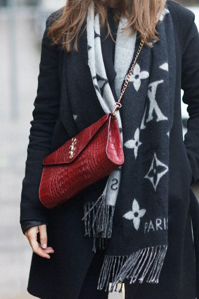 Louis Vuitton scarf #StreetStyle