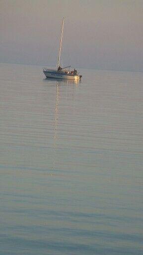 Litty-lötty kishajó