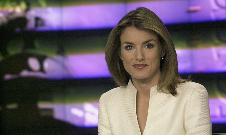 <h2>Queen Letizia of Spain</h2><br>Born: Letizia Ortiz <p>Royal love: King Felipe VI of Spain</p> <p>Spain's future queen was once a highly respected journalist. Her dedication to news even took her to the frontlines of the Iraq war. And while she is no longer a reporter, she credits the job for introducing her to the love of her life. It was during a work visit to northern Spain in 2002 that the Spanish beauty caught the eye of her now-husband. </p> Photo: © Getty Images