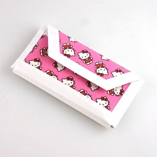 pics of duct tape wallets | Hello Kitty Duct Tape Cell Phone Case / Cover