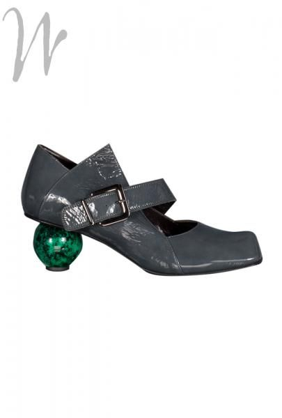 Lisa Tucci Crotone Shoe, Grey patent (but with a slight green tinge) #leather buckle fastening shoe, with wonderful golf ball style heel. A unique and exciting #shoe, but leather lined, removable insole, a good fitting and not too high a heel. Made in #Italy