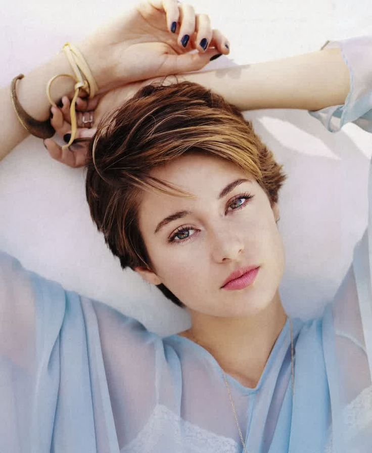 Amazing 1000 Ideas About Celebrity Short Haircuts On Pinterest Short Short Hairstyles Gunalazisus