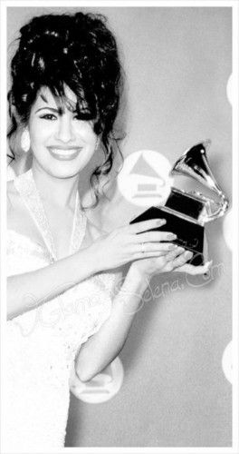 Selena Quintanilla Perez <3<3 the greatest singer that ever lived.