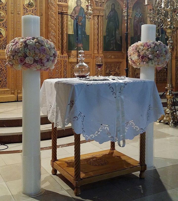 Στολισμός λαμπάδων γάμου με παλ τριαντάφυλλα σε Vintage Style για τον γάμο σας.
