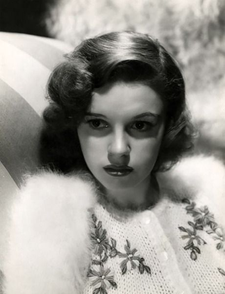 """How strange when an illusion dies. It's as though you've lost a child."" — Judy Garland (Bizarre Los Angeles)"