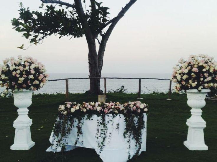 Espectacular locacion para  este diseño en rosas vendelas y titanic, en Lomas de Caruao.