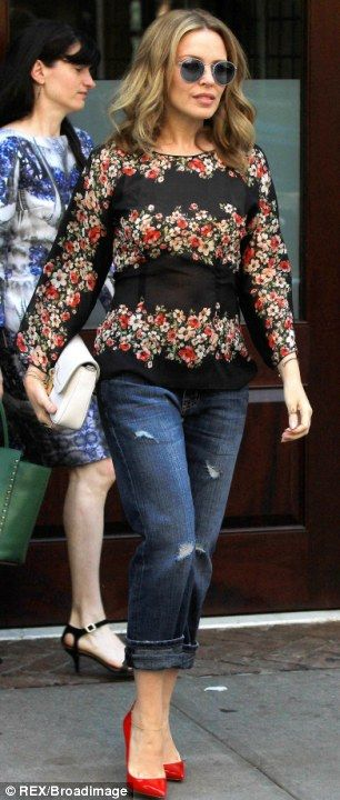 Kylie Minogue in a Dolce & Gabbana poppy print top #celebrity #streetstyle