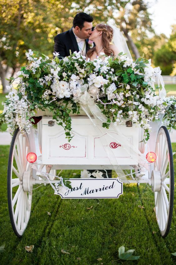 Bride and groom in horse-drawn carriage | wedding | | wedding transportation | | wedding ideas | #wedding #weddingtransportation #weddingideas http://www.roughluxejewelry.com/