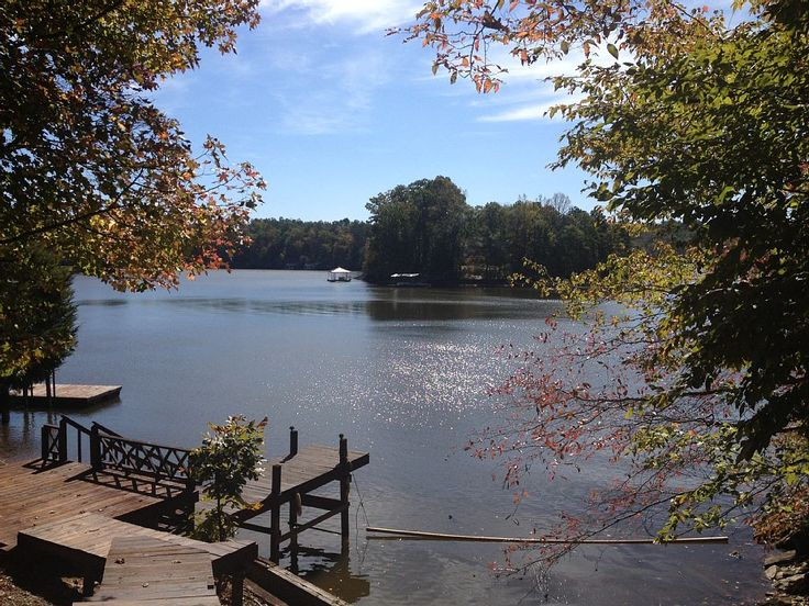 10 Images About North Carolina Cabins Lake House On