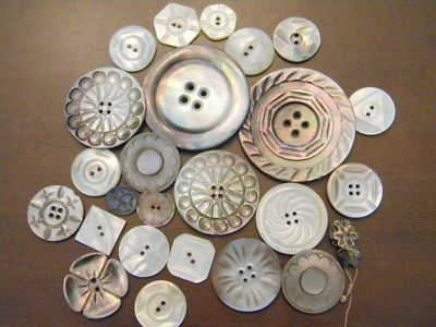 Women's buttons are on their left because women were dressed by maids, who found it easier when the buttons were on their right.