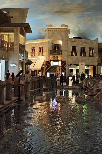 It rains on the hour Mondays-Thursdays and on the half-hour on weekends in the Miracle Mile mall at Planet Hollywood.