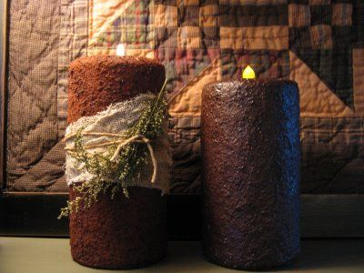 "Tutorial on how to turn plain white candles into ""grungy"" candles, using spices, mod podge, etc."