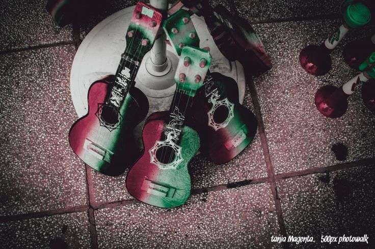 september guitars by Tania Magenta on 500px