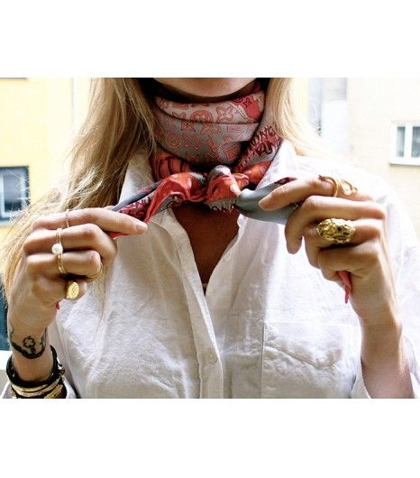 @Alexandra M What Wear - Replace Your Necklace With A Scarf: We've long sung the praises of the silk neckerchief. Add one in place of your go-to statement necklace. Get The Look: Jonathan Adler Chioiserie Owl Silk Scarf ($98) in Fuschia