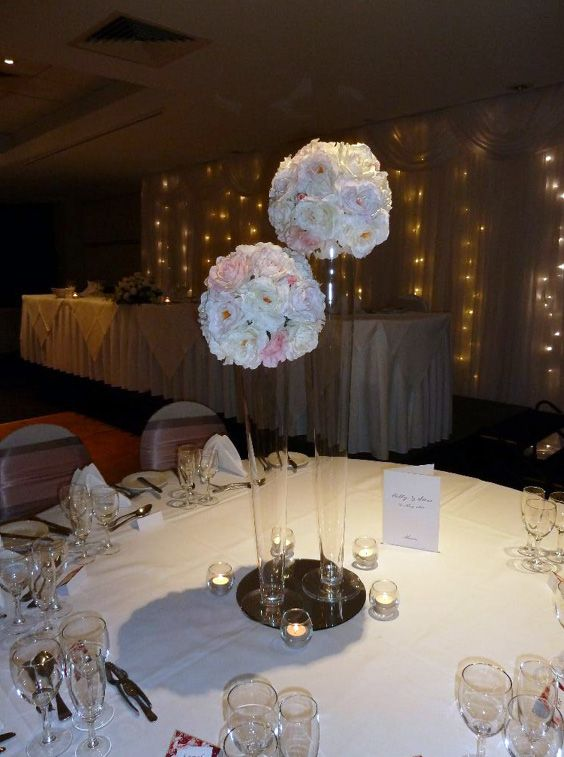 Elegant pink and white centrepieces