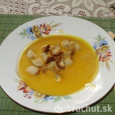 Fotorecept: Krémová polievka z tekvice Hokaido
