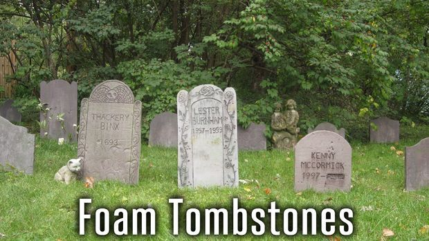 DIY Decorative Halloween Tombstones