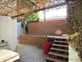 Petite piscine pour maison de ville : nos conseils pour une piscine urbaine - Cotemaison.fr