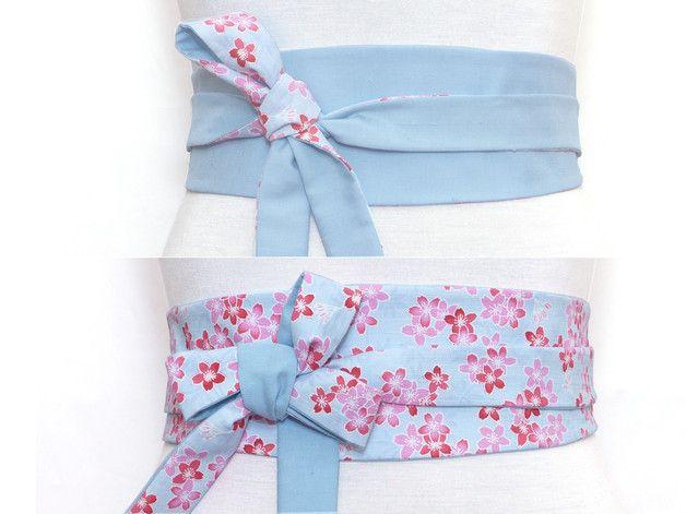 hell blau Obi Gürtel / hell blau Taillengûrtel mit  bunt Blumen Japanisch Print & Uni hellblau Seide - Beidseitig tragbar