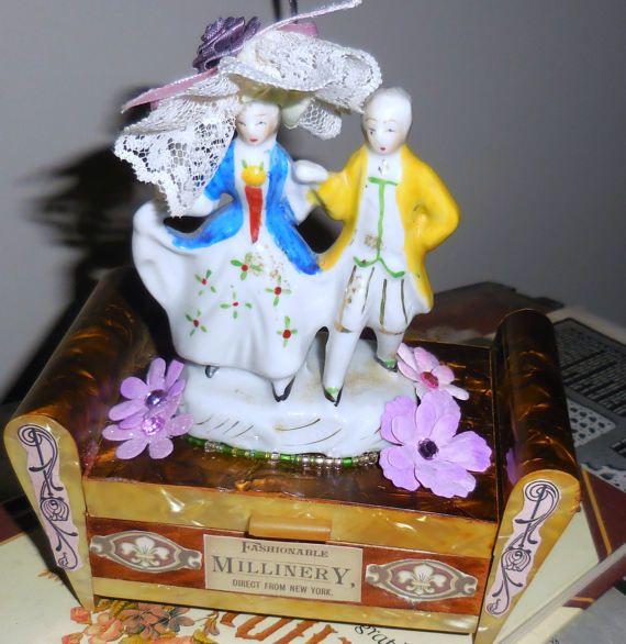 Madame Pompadour  Vintage  Celluloid  Jewel  Box  MY