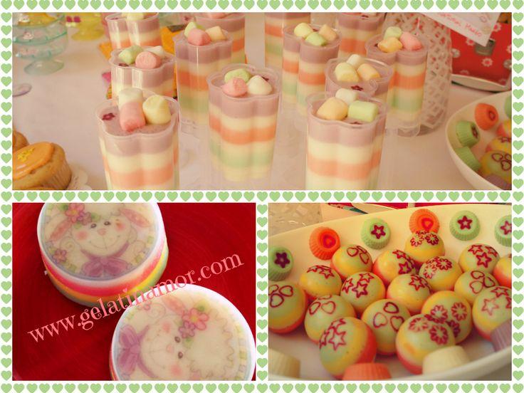 gelatinas de tres leches, queso philadelpha y marshmallows!! una delicia!
