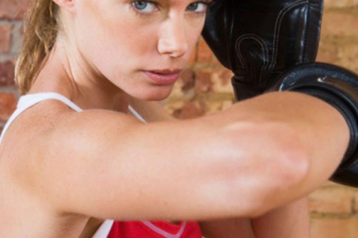 Crujidos del codo provocados por el ejercicio | Muy Fitness