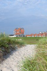 """""""Außenansicht"""" Bild Upstalsboom Hotel Am Strand in Horumersiel • Niedersachsen, Deutschland"""