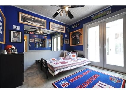 New York Giants Bedroom. I Will Have This Room. Holy G MEN, Batman!