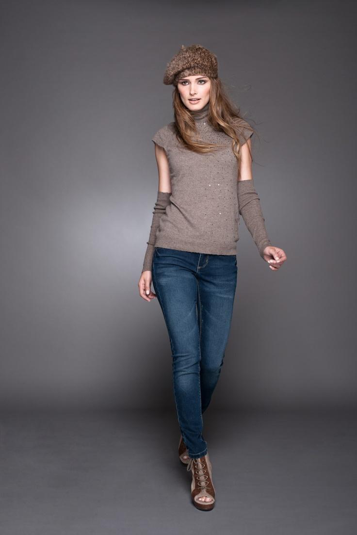 Precioso sweater manga corta (las mangas vienen incluídas) perfecto para combinar! #pitillos #sin mangas #boina #lineatre