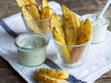 Kartoffelecken-mit-Knoblauch-Parmesan-Mantel_mag