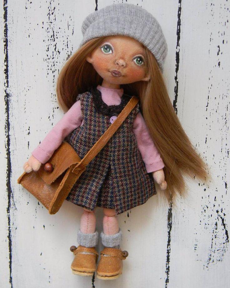 #Волгоград #текстильнаякукла #интерьернаякукла #кукларучнойработы #куклаизткани…
