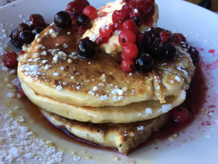 Pancakes με φρούτα του δάσους @estrella cooklos.gr