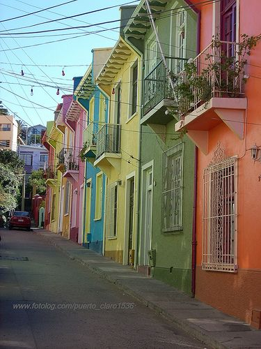 Take the guided Tours 4 Tips walking tour from Plaza Sotomayor in Valparaíso & wander past colorful pastel houses & an interesting mix of European and Chilean architecture. ~TravelSmith~