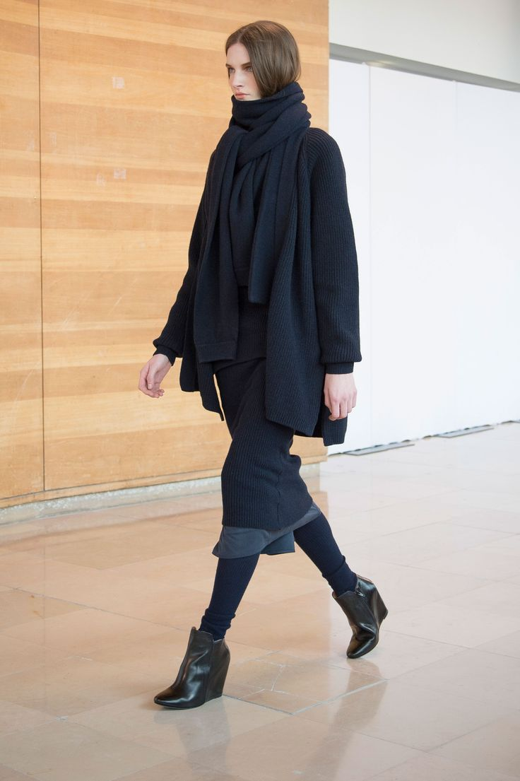 5. Wrapover cardigan, asymetrical scarf, crewneck sweater and skirt in knitted yak wool / Foulard skirt in silk twill / Leggings in merino wool / Boots in calf leather