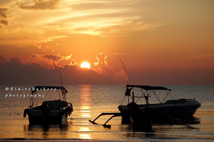 Sunrise @ Pandean beach