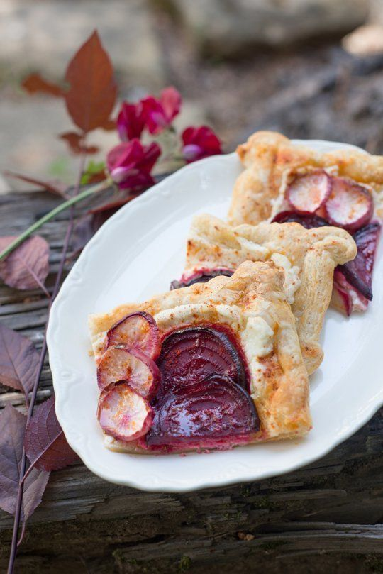 Over here atThe Forest Feast,I have loved sharing spring recipe ideas with you this month! In my final post for thisFarmer's Market Feastsseries, I leave you with a simple galette. I love these free form tarts because you can layer almost anything over the pastry and it's delicious. Plus, since it takes only 15 minutes to bake and can be served room temperature, it's great for entertaining.