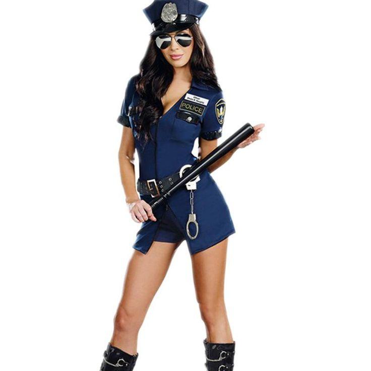 Sexy policewoman — photo 11